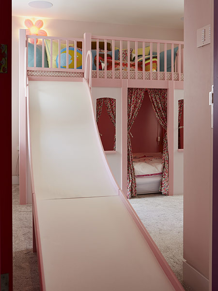 Curtains in a child's bunk bed